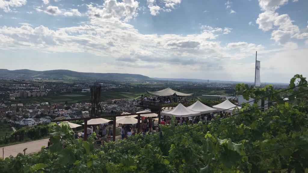 105Grad Oex Sunset Lounge im Weinberg_Großheppacher Weinberge
